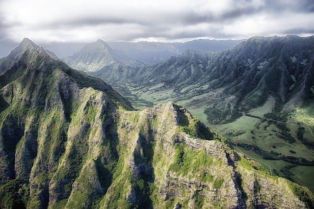 mountains-209956_640.jpg