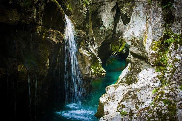 river-4434667_640.jpg
